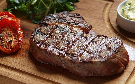 What Are The Benefits Of Eating Meat To Build Muscle?